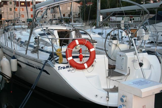 This 47.0' Bavaria Yachtbau cand take up to 9 passengers around Split region