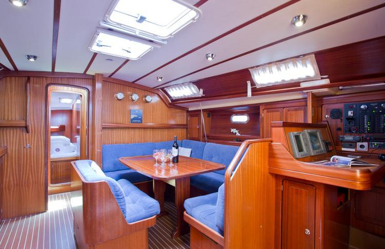 This 48.0' Bavaria Yachtbau cand take up to 8 passengers around Split region