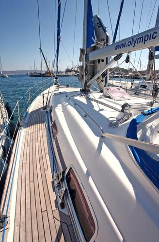 Discover Cyclades surroundings on this Bavaria 50 Cruiser Bavaria Yachtbau boat