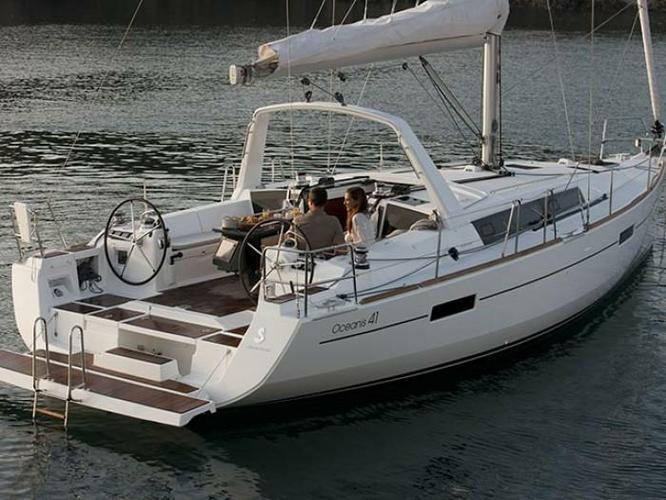 Bénéteau's 40.0 feet in Saronic Gulf