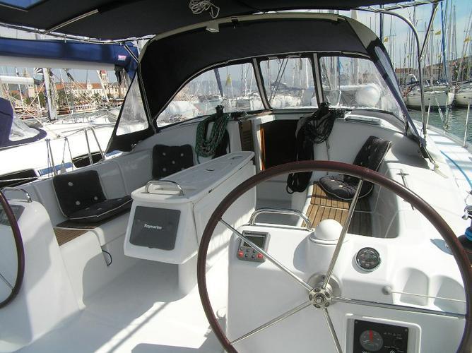Boat for rent Bénéteau 43.0 feet in Marina Trogir – ACI,