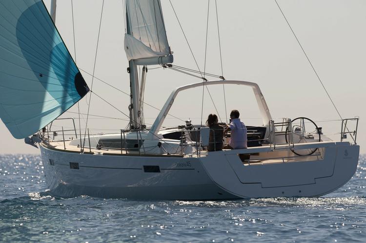 Bénéteau's 45.0 feet in Aegean