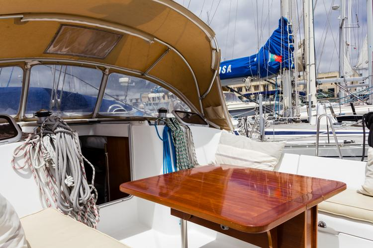 Boat rental in Alcantara,