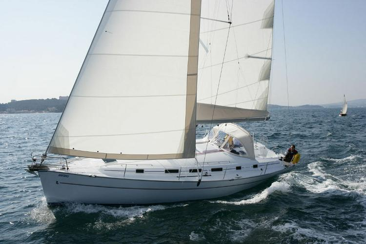 Unique experience on this beautiful Bénéteau Cyclades 50.5