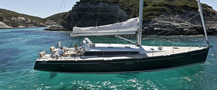 This 56.0' Bénéteau cand take up to 8 passengers around Split region