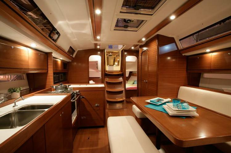 Dufour Yachts's 39.0 feet in Azores