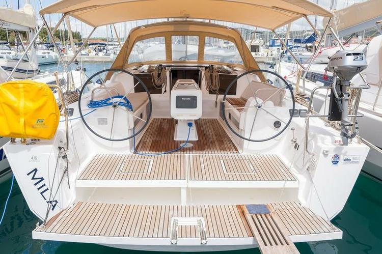 Jump aboard this beautiful Dufour Yachts Dufour 410 GL
