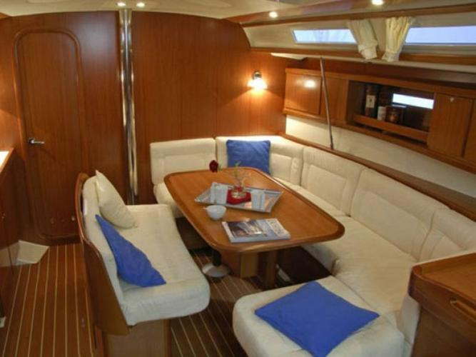 Discover Split region surroundings on this Dufour 425 GL Dufour Yachts boat