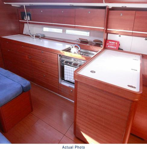 This 44.0' Dufour Yachts cand take up to 10 passengers around Aegean