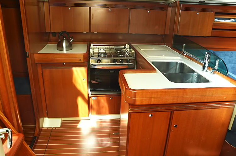 Discover Istra surroundings on this Dufour 44 Dufour Yachts boat