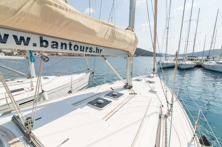 Boat for rent Dufour Yachts 44.0 feet in Marina Kastela, Kastela,
