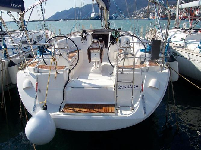 This 45.0' Dufour Yachts cand take up to 10 passengers around Campania