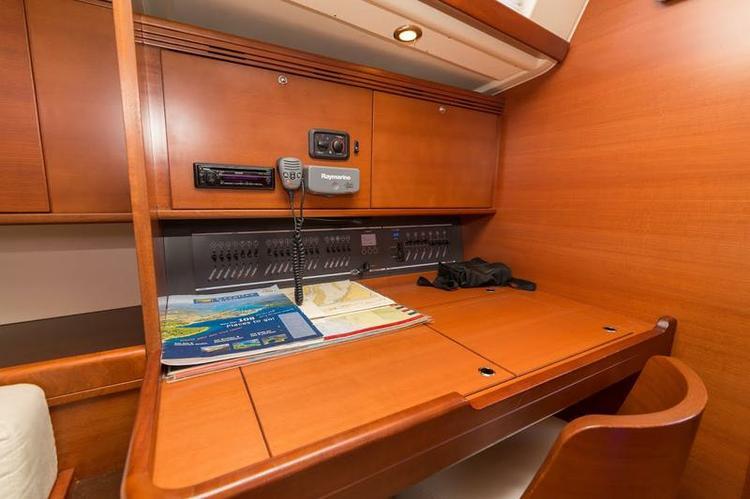 48.0 feet Dufour Yachts in great shape