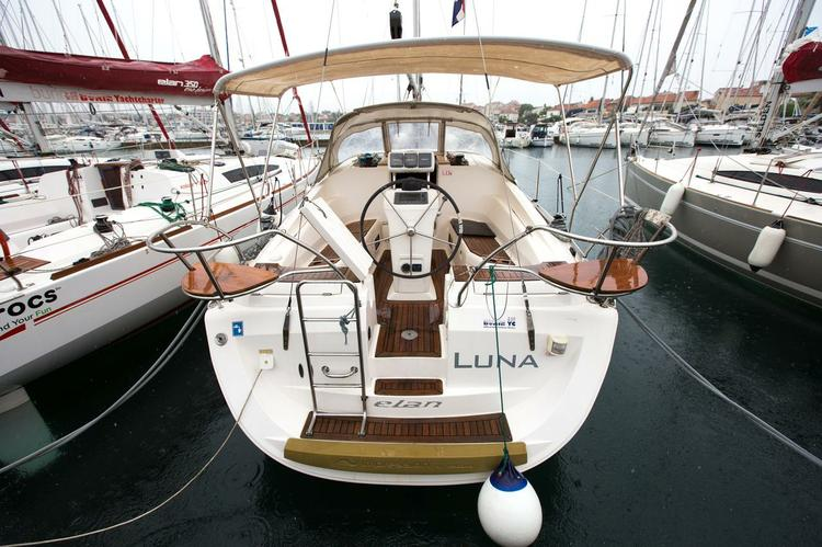 34.0 feet Elan Marine in great shape