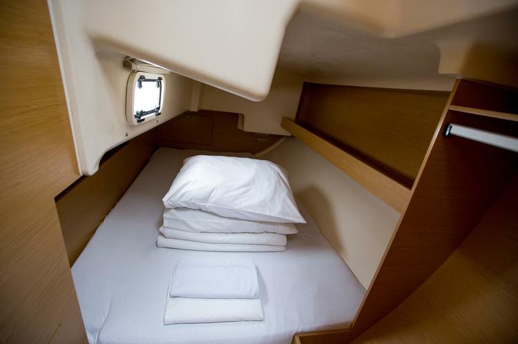 Discover Zadar region surroundings on this Elan 350 Performance Elan Marine boat