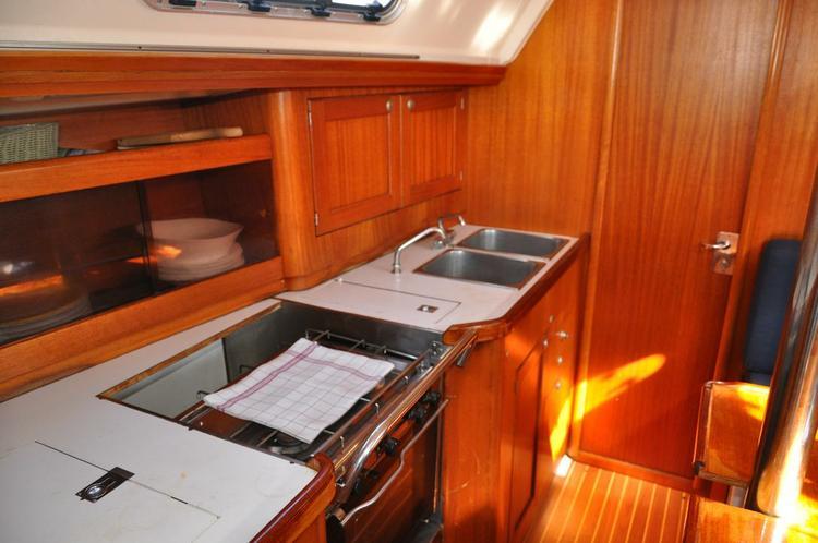 Discover Zadar region surroundings on this Elan 36 Elan Marine boat