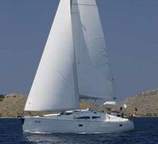 Elan Marine boat for rent in Šibenik region