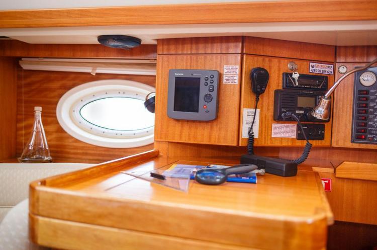 Elan Marine's 37.0 feet in Zadar region