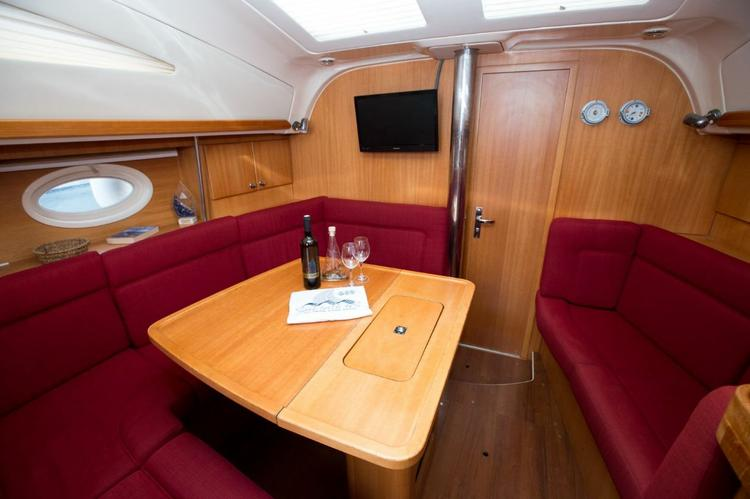 Discover Zadar region surroundings on this Elan 384 Impression Elan Marine boat