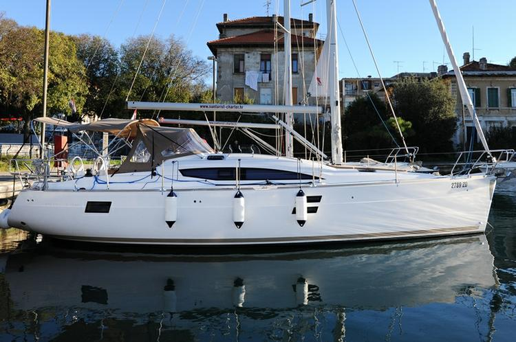 Discover Zadar region surroundings on this Elan Impression 40 Elan Marine boat