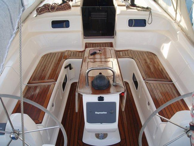 Discover Ionian Islands surroundings on this Elan 434 Impression Elan Marine boat