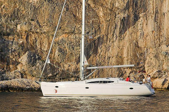 Discover Dubrovnik region surroundings on this Elan 434 Impression Elan Marine boat
