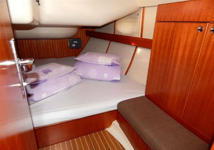 Boat for rent Elan Marine 43.0 feet in ACI Marina Dubrovnik (Komolac) , Croatia