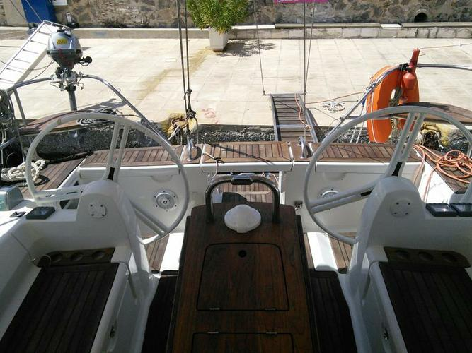 Boating is fun with a Elan Marine in Cyclades