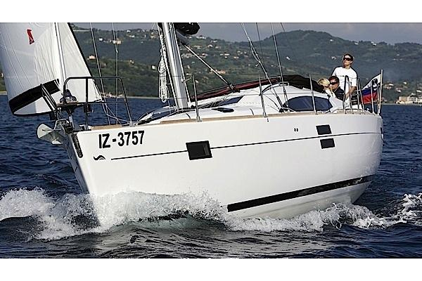 Boating is fun with a Elan Marine in Split region