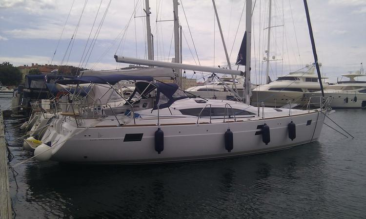 This Elan Marine Elan 444 Impression is the perfect choice