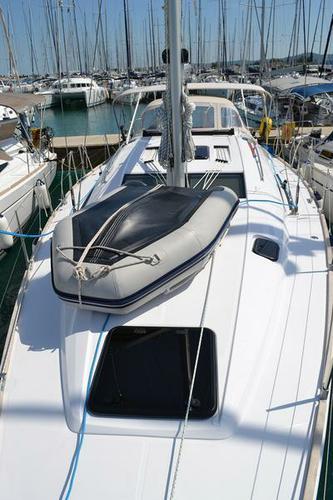 This 45.0' Elan Marine cand take up to 10 passengers around Zadar region