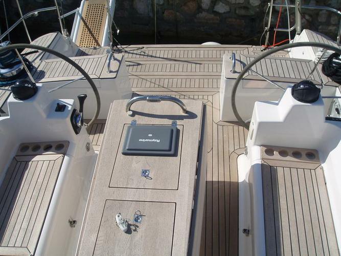 Boat for rent Elan Marine 52.0 feet in Marina Alimos (Kalamaki), Greece