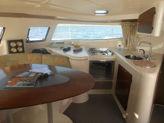 This 38.0' Fountaine Pajot cand take up to 8 passengers around Aegean