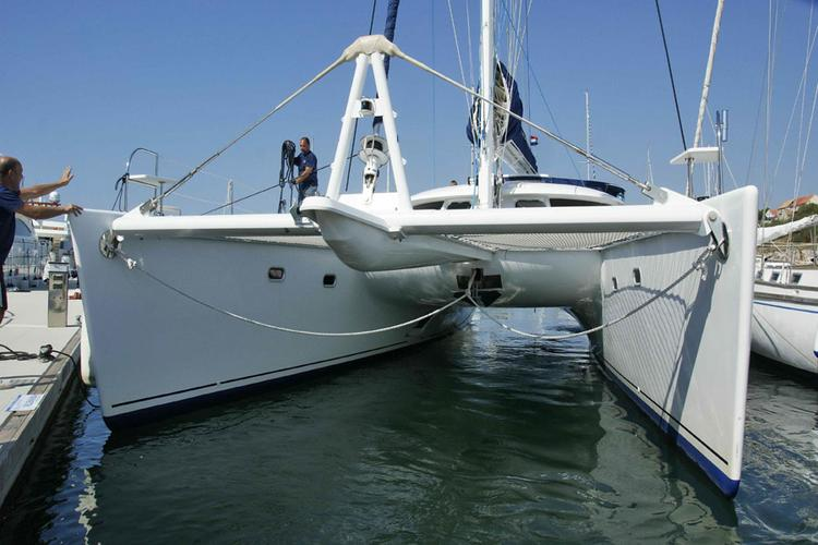 This 60.0' Fountaine Pajot cand take up to 8 passengers around Split region