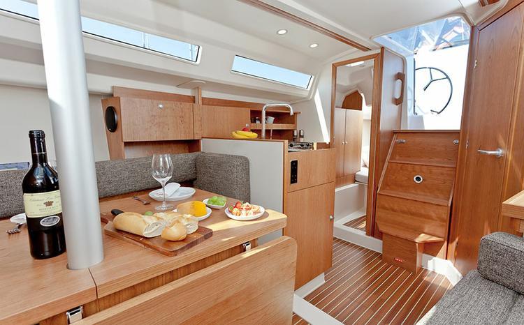 Hanse Yachts's 31.0 feet in Split region