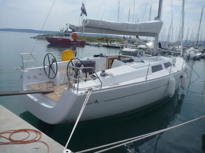 39.0 feet Hanse Yachts in great shape