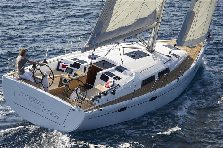 Discover Split region surroundings on this Hanse 415 Hanse Yachts boat