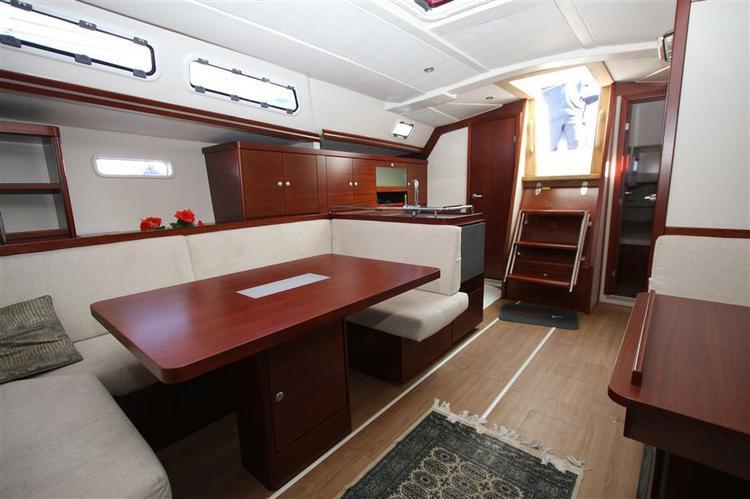 Hanse Yachts's 43.0 feet in Split region