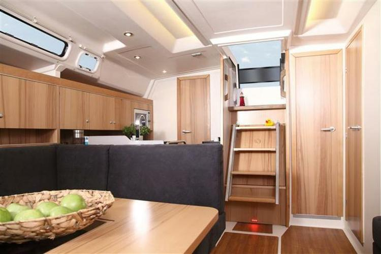 Discover Split region surroundings on this Hanse 445 Hanse Yachts boat