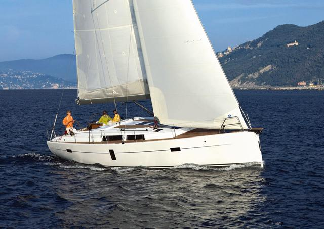 This 44.0' Hanse Yachts cand take up to 10 passengers around Split region