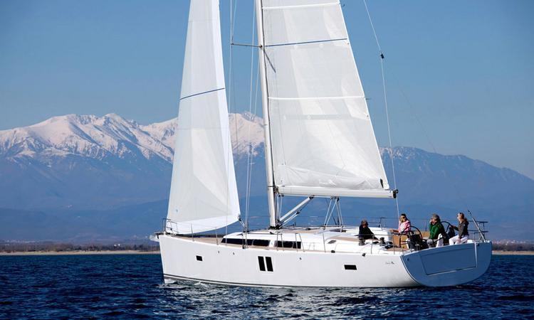 This Hanse Yachts Hanse 495 is the perfect choice