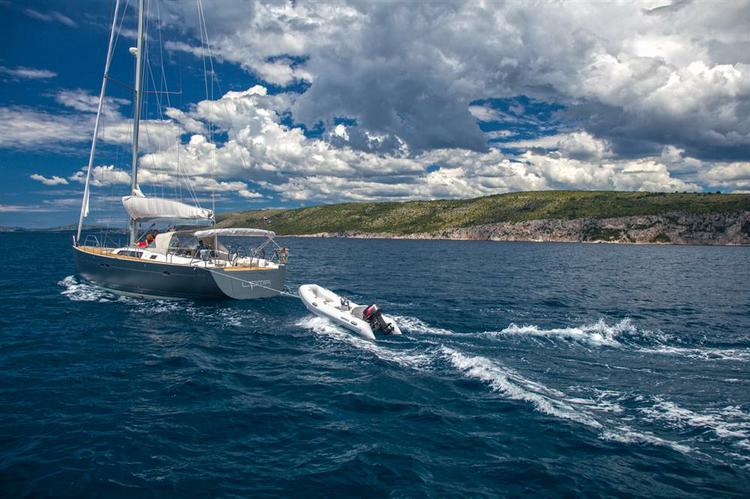 Discover Split region surroundings on this Hanse 540 Hanse Yachts boat