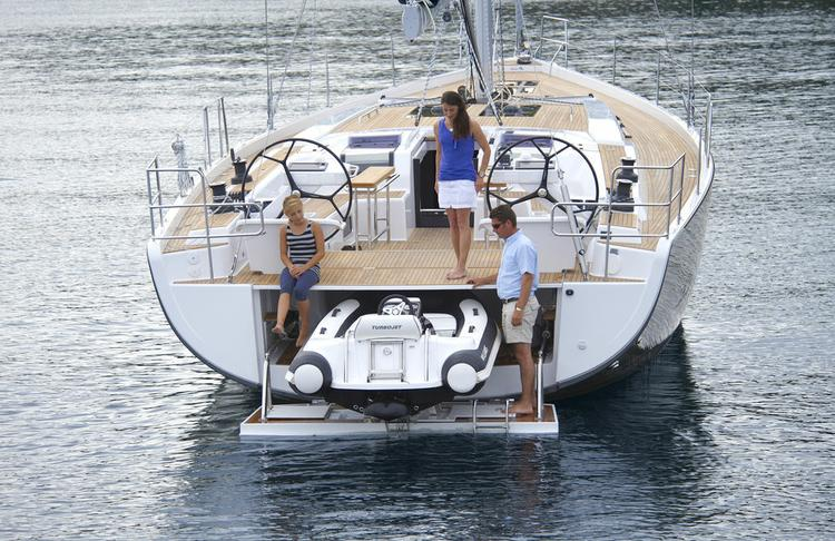 Enjoy Campania in style on our Hanse Yachts