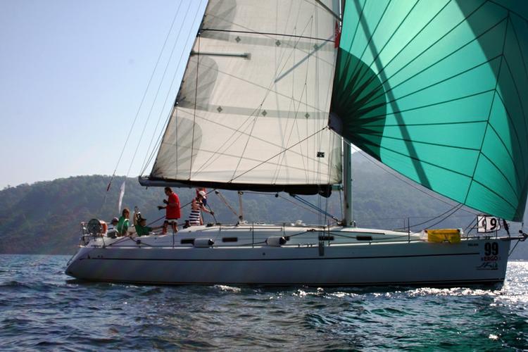 42.0 feet Harmony Yachts in great shape