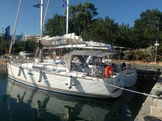 Discover Saronic Gulf surroundings on this Sun Odyssey 379 Jeanneau boat