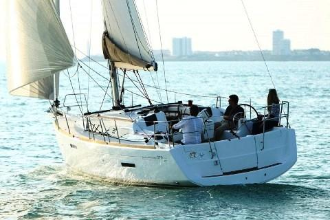 Discover Split region surroundings on this Sun Odyssey 379 Jeanneau boat