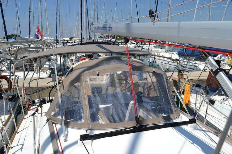 Boat for rent Jeanneau 37.0 feet in Marina Dalmacija, Sukosan,