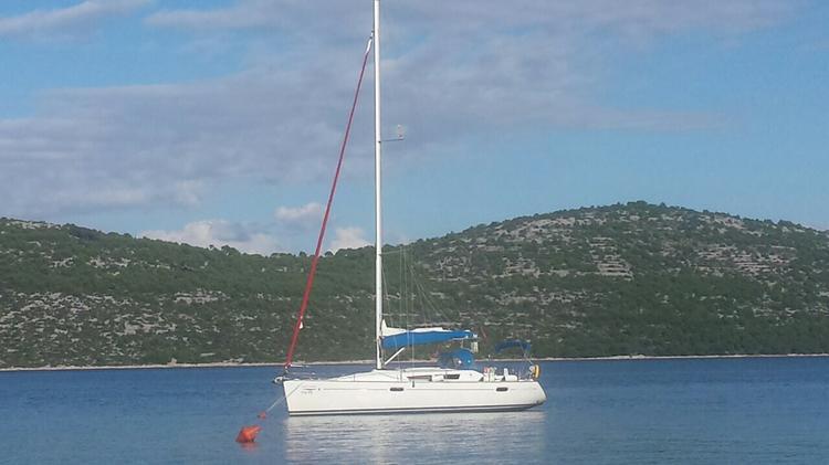 Discover Split region surroundings on this Sun Odyssey 39i Jeanneau boat