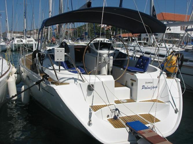 Boat for rent Jeanneau 41.0 feet in Marina Trogir – ACI,