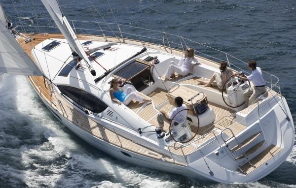 Enjoy luxury and comfort on this Jeanneau in Stockholm County